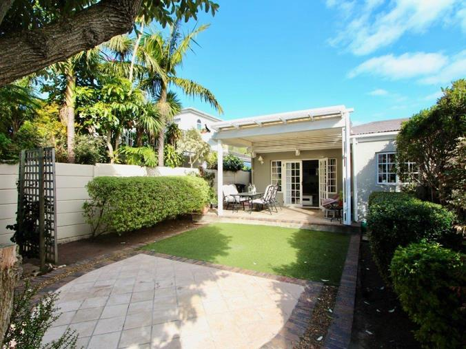 2 Bedroom House for sale in Harfield Village - 19 Gloucester