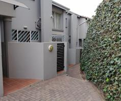 Townhouse for sale in Bedford Gardens
