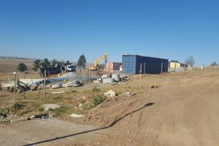 What an opportunity!!!   This Business zoned site is situated within a development of 106 houses along the N2 bypass  It has draft ...