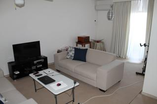 Lounge , dining room, 3 bedroom and 1 bathroom flat on 3rd floor.