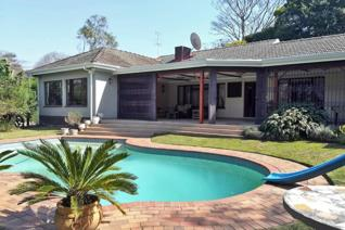 This beautiful, immaculate Kloof home offers everything you could possibly need in a ...