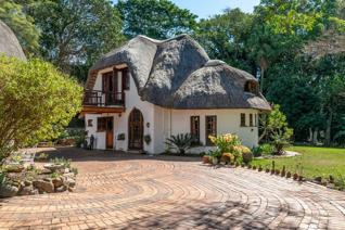 Exclusive well situated property off Inanda Rd Hillcrest Park. Boutique in every aspect ...