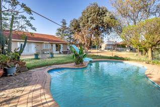 Based in the heart of Homestead Apple Orchards, Johannesburg boasting a vast land size ...