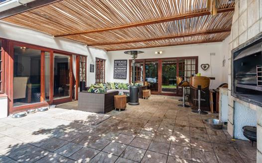 3 Bedroom House to rent in Constantia