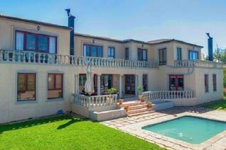 GRAND & SPACIOUS Be prepared to be ravished  Lush olive trees will welcome you to this Tuscan inspired home.   This spacious double ...