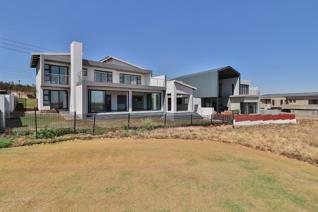 Masterpiece gorgeously located in the Eye of Africa Golf Estate This magnificently ...