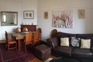 - 2 Bedrooms - Access to communal outside ...