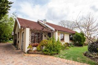 Exclusive Sole Mandate.  This home is all about happy comfortable living in a great ...