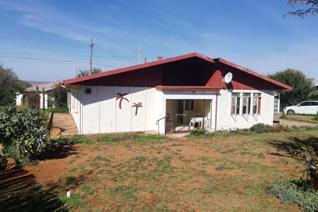 NEAT RETIREMENT/HOLIDAY HOME IN OVISTON