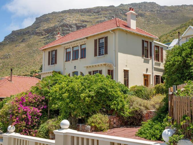 Listing number: P24-107955047, Image number: 1, Majestic Muizenberg home