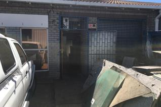 This mini industrial unit is part of a sectional title park. The unit has a roller ...