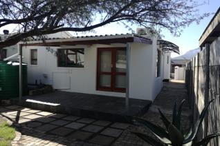 This charming unfurnished garden flat in Onverwacht, Strand is the ideal lock up an go. Please note that this is suitable for a single ...