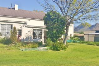 This is a spacious two bedroom cottage situated within walking distance of Franschhoek Village!  Offered unfurnished and available from ...