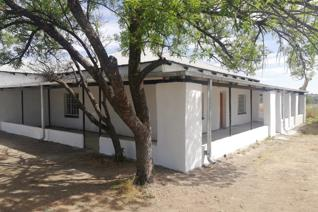 Come and view today.  Make this your dream house  Newly renovated farmhouse in Koppies ...