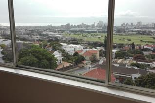 Large spacious 2 bedroom with views over the Golf course and Durban.Granite kitchen tops ...