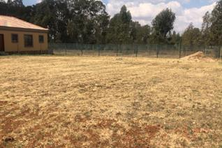 Large 610m2 stand for sale inside Grootvlei Security Estate, Strubenvale, Springs.  Cash ...