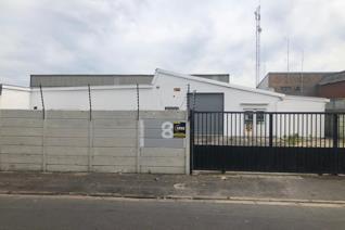 This industrial property to let consists of an open plan workshop, storage, 4 offices, 3 ...