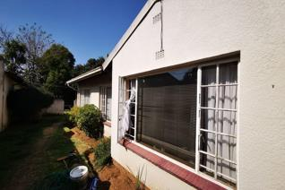 A fantastic Retail or Commercial Unit in the heart of the East Rand now has units on ...