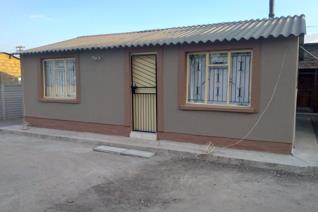 This home is available for rent today ,  it has 2 bed , 1 bath , kitchen and lounge ... call us today   we can be able to help you ...