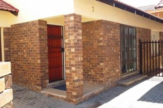 This two-bedroom is in the heart of Polokwane. It has an open plan kitchen, with built-in cupboards, a very spacious living area, one ...