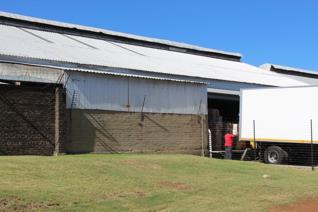 ±5000 Sqm WAREHOUSE TO LET IN PROTEA STREET AUREUS RANDFONTEIN * 4 OFFICES * 2 ...