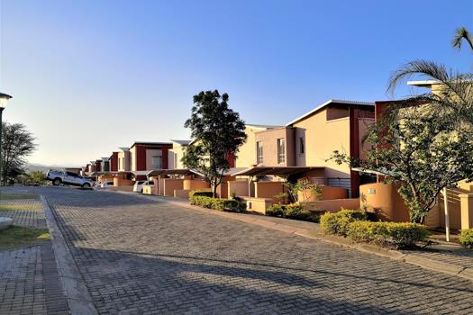 2 Bedroom Townhouse for sale in Nelspruit Ext 37