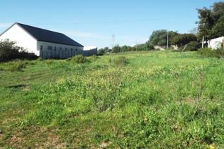 Come and built your house the way you want it in the heart of the Swartland district.   Darling is a small town in a farming area on ...
