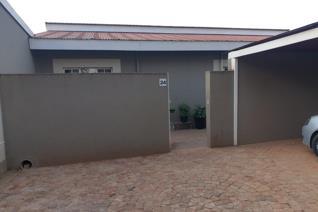 2 Bedroom , 2 Bathroom, Small garden , Braai Area , Security , 1 under cover parking  ...