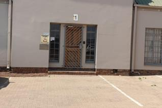 9 Workshops in Industrial area for sale in Vanderbijlpark, consisting of:  Unit 1A:  250 sqm Unit 1B:  190 sqm Unit 2   :  440 sqm Unit ...
