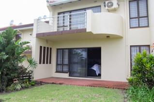 Situated in one of Scottburgh's favoured holiday complexes, this unit is perfectly suited to the holiday maker looking for a neat ...