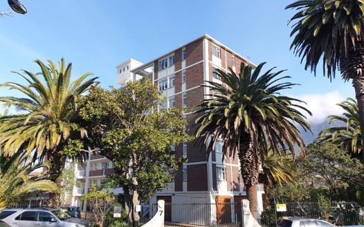 2 Bedroom Apartment / Flat for sale in Rondebosch