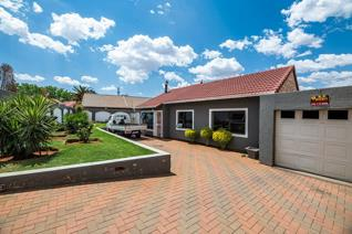 Based in the heart of Eldoradopark EXT 9, Johannesburg boasting a decent land size of ...