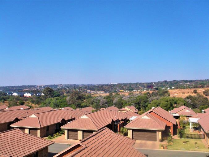 Listing number: P24-108040842, Image number: 1, View from Balcony