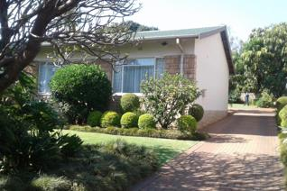 Ideal for a family! Excellent location.  The House offers 3 Bedrooms, 2 Bathrooms, there ...