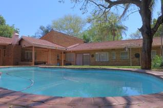Face Brick Family Home For The Whole Family To Enjoy!   Situated in Safari Gardens close to Waterfall Mall, Safari Shopping Centre ...