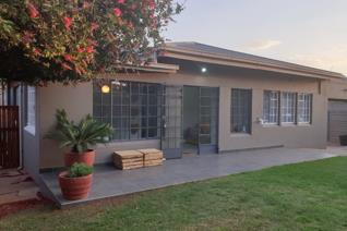 This neat home is waiting for his new owner, it consist of the following: 2 Sunny ...