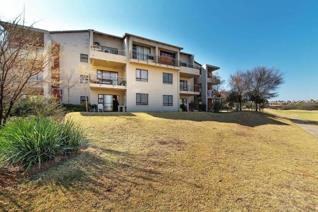 Ground floor apartment with patio. Opens onto the golf course. 2 Bedrooms 2 Bathrooms. ...