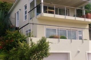 Fishhoek mountainside: This is Dreamview House, furnished, fully equipped and set high ...