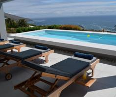 Apartment / Flat for sale in Camps Bay