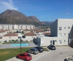 Apartment / Flat for sale in Muizenberg