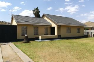 This lovely home offers 3 Bedrooms, 1.5 Bathroom, kitchen 1 x Reception area, outside room, single garage, 1 x Lock-up Carports. ...