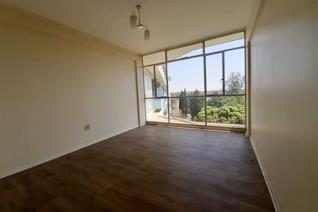 Come and enjoy a fresh start here with this lock up and go lifestyle This very spacious flat offers you a big living / dining room ...