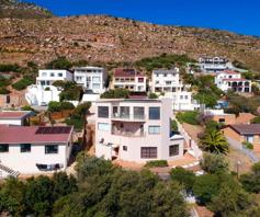 House for sale in Fish Hoek