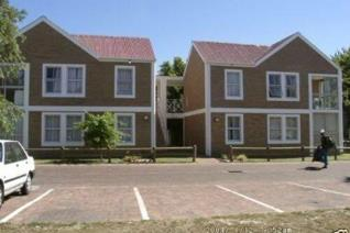 Two bedroom apartment available in secure complex Prinspark. Electric fencing. Secure ...