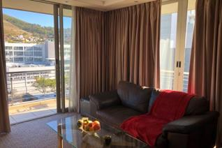 AVAILABLE: 01 December 2019 (or earlier occupation)  In the heart of cosmopolitan Cape Town with walking distance to Green Market ...