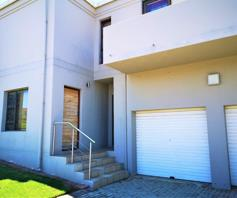 Townhouse for sale in Jeffreys Bay Central