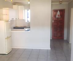 Apartment / Flat for sale in Parow Valley