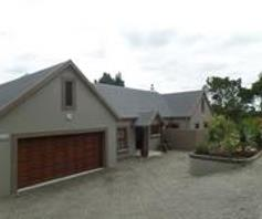 House for sale in Hoekwil
