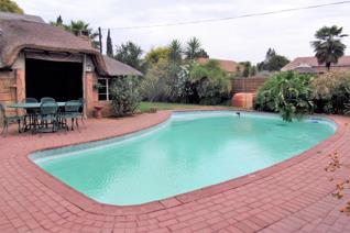 Come and enjoy this stunning home with FLAT let. This property is situated in Arcon Park close to Checkers Hyper Shopping Centre and a ...