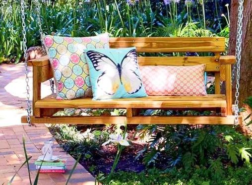 Easy DIY: Make a bench for your patio or garden
